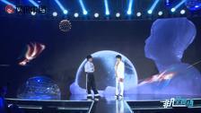 青峰首张专辑《太空人》亚洲发片记者会 几大合作艺术家悉数登台祝贺