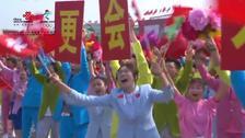 """""""一国两制""""方阵:香港澳门明天会更好"""